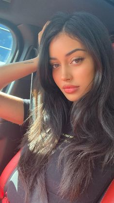 La imagen puede contener: una persona, selfie y primer plano Cute Makeup, Beauty Makeup, Makeup Looks, Hair Makeup, Hair Beauty, Cindy Kimberly, Cindy Wolfie, Beautiful Girl Makeup, Perfect Nose