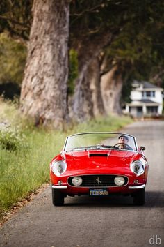 1961 Ferrari 250 GT California Roadster would love if i lived in california! Ferrari Daytona, Ferrari 328, Pink Ferrari, Alfa Romeo, Ferrari California, Amazing Cars, Awesome, Fast Cars, Sport Cars