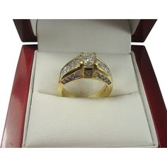 18kt yellow Gold 2.00cttw Diamond Ring