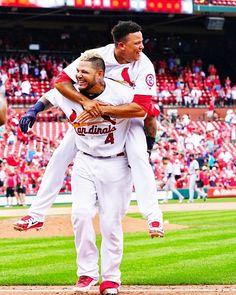Good night from Busch. Cardinals Team, Cardinals Baseball, St Louis Cardinals, Baseball 2016, Baseball Cards, Golf Stores, World Championship, Sports, Idol