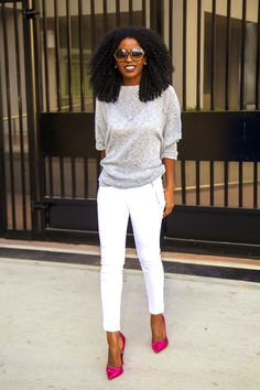 Oversize sweater + white moto jeans+natural hair=Natural Style