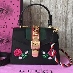 Gucci Sylvie Embroidered Flower Leather Top Handle Mini Bag 470270 Tips: I would really like to recommend this site h. Gucci Outlet Online, Gucci Bags Outlet, Gucci Sylvie Bag, Black Gucci Purse, Crossbody Bag, Tote Bag, Embroidered Bag, Gucci Handbags, Bago