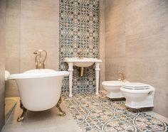 marokańska łazienka z ornamentami