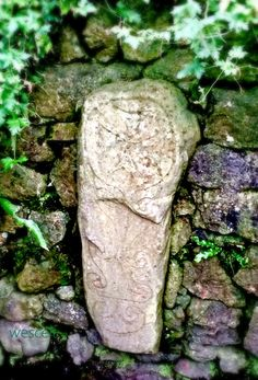 Early Christian standing stone cross at St Mochulla holy well in the small town of Tulla, County Clare, Ireland. According to local stories, the wet moss from the well has curative powers for sore eyes. You must replace the moss for the cure to work. Clare Ireland, Erin Go Bragh, County Clare, Uk Trip, Sore Eyes, Rock Of Ages, Early Christian, Ireland Vacation, Celtic Symbols