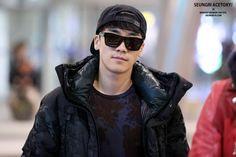 {PICS} 131209 Daesung and Seungri @ Incheon Airport (HQ)