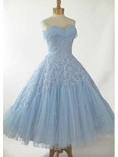 50s Strapless Baby Blue Lace and Tulle Tea Length Party/Wedding Dress