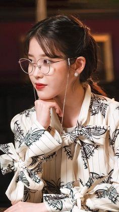 Luna Fashion, Fashion In, Korean Beauty, Asian Beauty, Korean Girl, Asian Girl, Iu Twitter, Iu Hair, Butterfly Print Dress