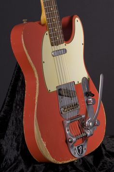 Fender Custom Shop Time Machine `60 Telecaster Heavy Relic - Fiesta Red