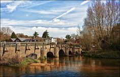 Tilford Farnham Surrey, Homes England, Hampshire, Britain, Sweet Home, Community, World, Rivers, Bridges
