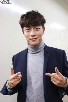 [Dujun (두준)] 141024 - 1026 DIARY :: 12시30분 첫방주간!! #1