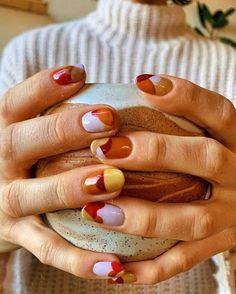 Nail art on semi long nails and French manicure. Nail Design Stiletto, Nail Design Glitter, Us Nails, Hair And Nails, Funky Nails, Funky Nail Art, Colorful Nail Art, Minimalist Nails, Nagel Gel
