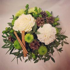 That winter feeling ❤ Flower Arrangements, Floral Wreath, Wreaths, Table Decorations, Winter, Flowers, Home Decor, Winter Time, Floral Arrangements