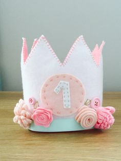 1st birthday felt crown with flowers