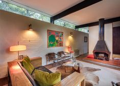 australian mid-century modern Russel Jack House in Sydney - living area Mid Century Decor, Mid Century House, Mid Century Design, Modern Outdoor Furniture, Living Room Modern, Living Area, Mid-century Modern, Modern Design, Furniture Design