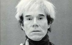 Una personale di Kenny Scharf e l'omaggio a Andy Warhol, due fiere e un'asta benefica con opere di Marina Abramovic, Cindy Sherman e Shirin Neshat. In estate la New York dell'arte si trasferisce negli Hamptons: decine gli eventi in programma nelle esclusive località di villeggiatura a un passo da Manhattan