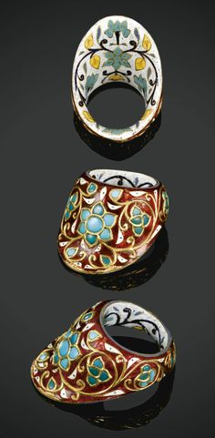 South India | Deccani thumb ring; gold, enamel and gem-set | ca. 17th / 18th century | Est. 80'000 - 90'000£ ~ (Apr '08)
