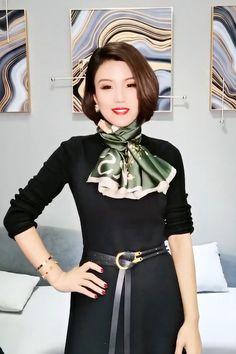 Ways To Tie Scarves, Ways To Wear A Scarf, How To Wear Scarves, Scarf Tying Tutorial, Hijab Style Tutorial, Scarf Wearing Styles, Scarf Styles, Scarf Knots, Diy Scarf
