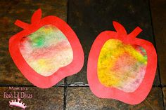 Coffee Filter Apple Art - so easy to do, fun to make and looks great! A perfect fall craft for little hands (& big ones too!)