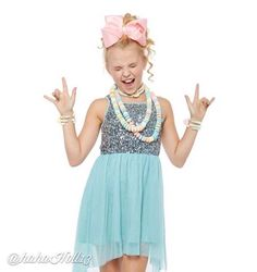 Added by Dance Moms JoJo Siwa in celebration of her turning 13 Dance Moms Dancers, Dance Mums, Dance Moms Girls, Jojo Siwa Bows, Jojo Bows, Kendall, Cute Fashion, Girl Fashion, Jazz Hip Hop