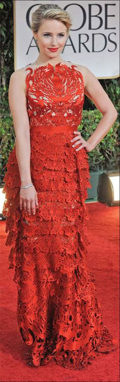 Dianna Agron walked the red carpet at the Golden Globes in 2012 wearing this dress from the brand, Giles. This global fashion brand was clearly inspired by a traditional Chinese art form, papercutting, and once again, the question of cultural arose. Chinese Element, Chinese Art, Fashion Brand, High Fashion, Fashion Beauty, Chinese Paper Cutting, Cultural Appropriation, Tequila Sunrise, Chinese Fashion