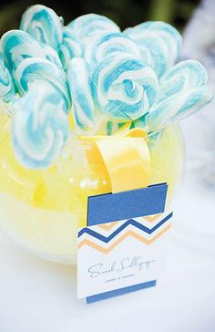 Colorful candy for a Dominican Republic wedding | Captured Photography by Jenny