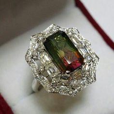 #beautiful#diamondring#gemring#sparkling#bling#lovely#color#colorstone#instalike#instamood#instafolow#jewel#jewelry#jewellery#jewelrydesigner#jewellerygram#jewelleryaddict
