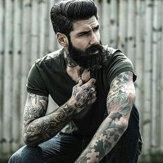 Love this style of our brother @roque_80 Check him out and give a follow to show your love!! #menbeardstyles