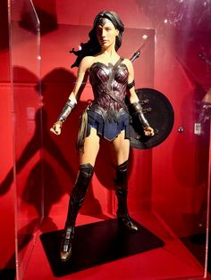 DC Exhibition - Dawn of Super Heroes - Someplace Strange
