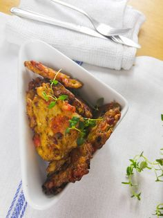 Another healthy nutritious meal from RasMiQuel, his style of authentic Jamaican Curry Chicken. Jamaican Cuisine, Jamaican Recipes, Fish Recipes, Indian Food Recipes, Ethnic Recipes, Caribbean Recipes, Caribbean Food, Jamaican Saltfish Fritters Recipe, Caribbean Queen