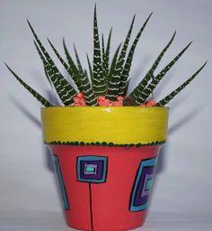 Cactus En Macetas Pintadas A Mano.! Cool Things To Build, Flower Pot Art, Decorated Flower Pots, Talavera Pottery, Clay Paint, Concrete Planters, Painted Pots, Terracotta Pots, Ceramic Painting