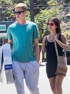 Star Tracks: Monday, August 11, 2014 | PILLOW TALK | Bed, Baby and Beyond? Mom-to-be Rachel Bilson picks up a few pregnancy essentials with boyfriend Hayden Christensen in L.A. on Sunday.
