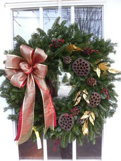 A beautiful fresh wreath from Froehlich's Farm!
