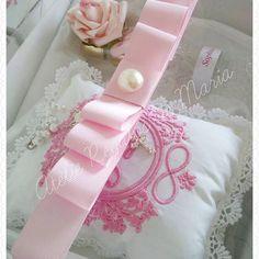 Quanto amor nessa lembrancinhas de padrinhos da Sophia Liz!!❤❤ #minibiblia #lembrancinhaspersonalizadas #lembrancinhabatizado #lembrancinhas #lembrancinhasmaternidade #lembrancinhanascimento #lembrancinhabatismo #batismo #batizadoclean #batizadomenino #batizadomenina #gift #mamaedoanjo #anjo #gravida2016 #maternidade #specialgift #specialbaby #baby #bebe #babygirl #lembrancapadrinhos #padrinhos #caixaconvitepadrinhos #caixapadrinhos #caixalembranca