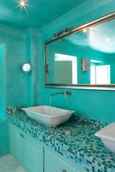 LightBlue-Mosaic-Mirror-White-Washbasin-Hotel-Bathroom-Santorini-Honeymoon-Holidays-Greece