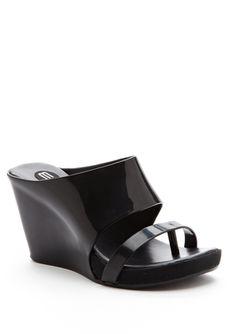 The Melissa Tropical Shoe. Fer reals. I likes 'em.