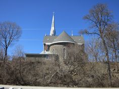 A poor view of a stately church Cathedral, Canada, Mansions, House Styles, Building, Travel, Home Decor, Mansion Houses, Homemade Home Decor