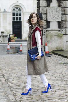 good topper with pops of blue. #AnouskaProettaBrandon in London.