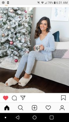 Lounge Outfit, Lounge Wear, Cozy Fashion, Fashion Outfits, Semi Annual Sale, Lazy Day Outfits, Home Outfit, Autumn Inspiration, Pyjamas