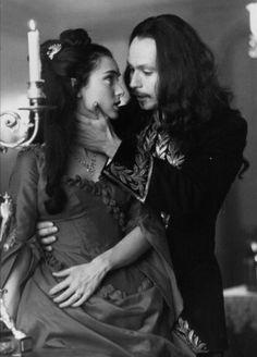 Winona Ryder as Mina and Gary Oldman as Dracula.