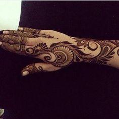 Henna design - Arabic. #khaleeji