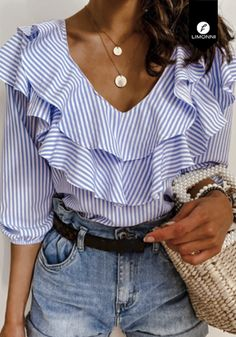 Trend Fashion, Look Fashion, Fashion Design, V Neck Blouse, New Blue, Female Shorts, Womens Fashion Online, Casual Tops, Shirt Blouses