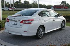 2014 nissan sentra sr aspen white. SO excited!
