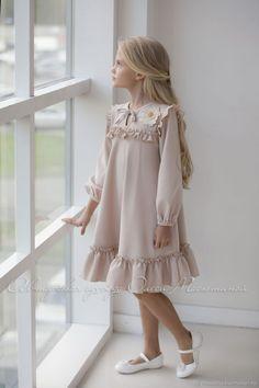 Р Little Girl Dresses dresses Handmade Parisian Set women Little Girl Fashion, Kids Fashion, Fashion Fashion, Little Girl Dresses, Girls Dresses, Dresses For Kids, Dresses Dresses, Pageant Dresses, Fashion Dresses