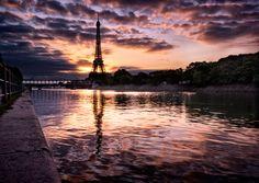 La Seine vers 5h45 by Oliver Hermann, via 500px