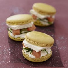 macarons surprises au caprice des dieux Plus Just Cooking, Cooking Time, Cooking Recipes, Macarons, Xmas Food, Christmas Cooking, Christmas Christmas, Christmas Ideas, Fingers Food
