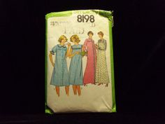 Misses' Nightgown and Robe Pattern Simplicity 8198 1970s patterns retro clothing vintage clothing sewing Misses' size 16