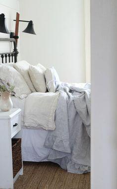 DIY Cozy Linen and Flannel Throw Blanket