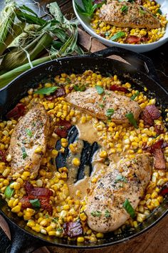 Creamed Corn Skillet Chicken Pan Seared Chicken, Skillet Chicken, Creamed Corn Recipes, Corn Chicken, Chipotle Chili, Creamy Corn, Frozen Corn, Creamy Sauce