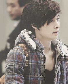 HAS ZHANG YIXING ALWAYS BEEN THIS SEXY I THINK YES
