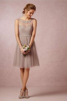 Beautiful Short Bridesmaid Dresses 2016 Sheer Scoop Zipper Up Applique Tulle Knee Length Maid Of Honor Gowns Mini Prom Party Dress Wedding Robe, Wedding Attire, Wedding Gowns, Party Gowns, Tipi Wedding, Prom Party, Bridesmaids And Groomsmen, Wedding Bridesmaid Dresses, Prom Dresses